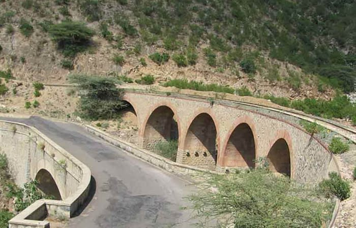 Asmara Massawa road railway